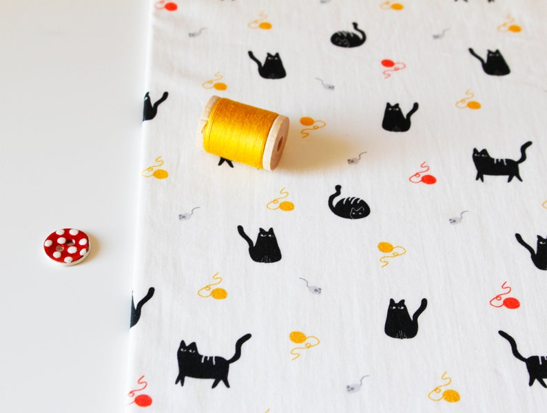 Cotton poplin  Chunky Cats  Quirky Animals collection image 0
