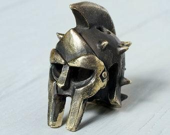 Maximus Gladiator Helmet paracord beads - Spartan Gladiator helmet Paracord beads of bronze. Big, heavy beads are handmade, unique designs!