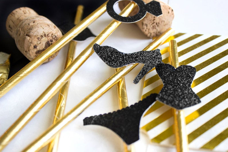 10 Gold Bachelorette Party Straws Bachelorette Bachelorette Straws Hen Party Bachelorette Party Bachelorette Decor Engagement Party