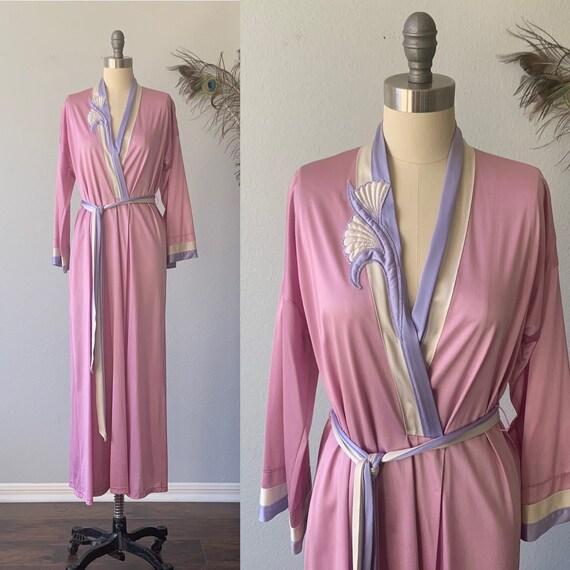 Vintage mauve Vanity Fair robe