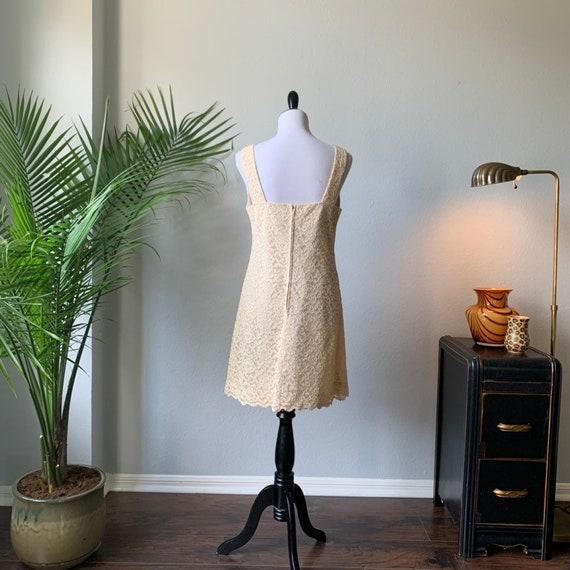 Vintage 1960s mod mini wedding dress - image 2