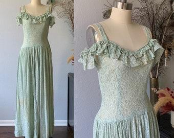 Vintage 1950's Green lace handmade dress