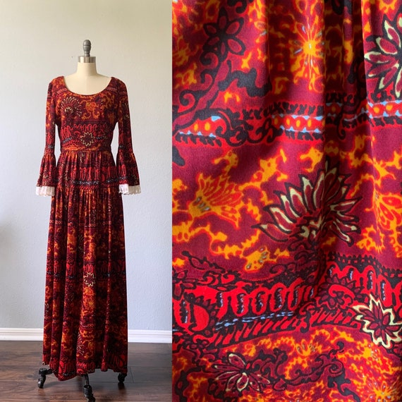 Vintage 1970's heavily patterned maxi with bell sl