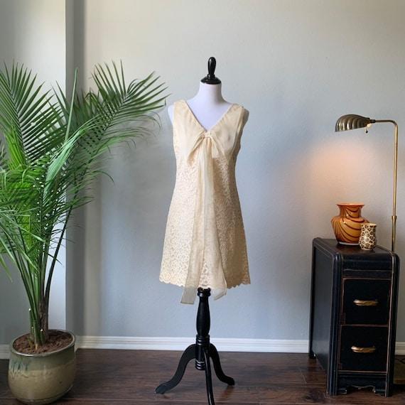 Vintage 1960s mod mini wedding dress