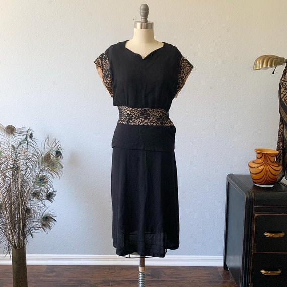 Vintage 1930s rayon dress with lace details