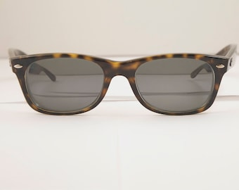 1e681b6e96 Vintage RAY BAN Eyeglass Frames   Model RB 2132   Made in Italy   Retro  Collectible Rare  1001