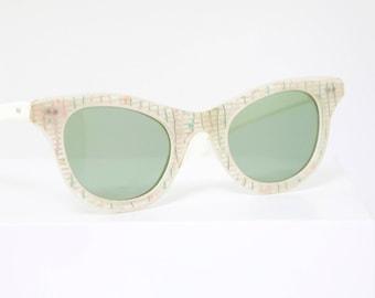 2b30882d9f Vintage Cateye 1950 s Sunglasses with Rhinestone Inlay   France   La Lu  Brand   Retro Collectible Rare  1054