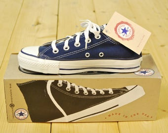 0e16896877bf Vintage 1990 s Deadstock Navy Blue CONVERSE CHUCK TAYLOR Lo-Top Sneakers    Size 3   Made in U.S.A.   Retro Collectable Rare