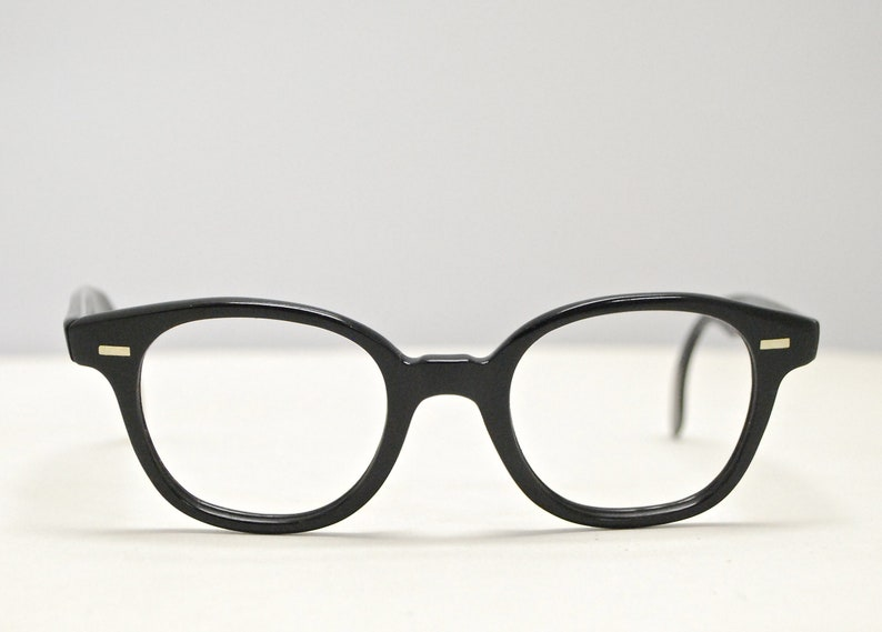 6a0caa739a56 Vintage 1950 s Jet Black Horn Rim Eyeglasses   Tart Arnel