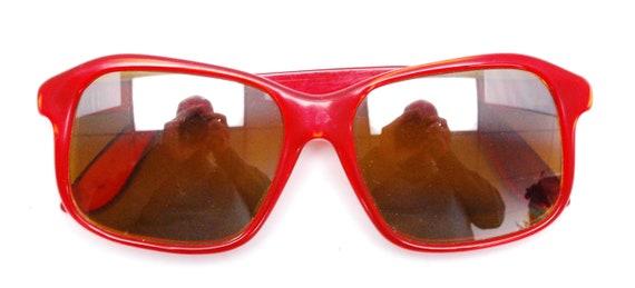 Vintage 1970's/80's Red VUARNET Sunglasses / Poui… - image 7