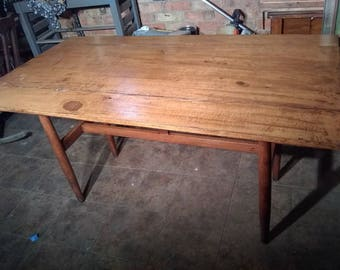 Vintage Drexel Drop Leaf Distressed Farmhouse Style Wooden Dining Room Table