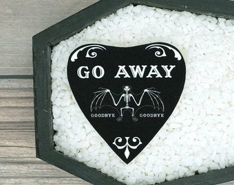 Go Away Planchette Brooch Gothic Goth Dark Valentine Love Creepy Odd Halloween Brooch Horror Brooch Durable Wearable Art