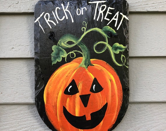 Halloween slate plaque, Halloween sign, Halloween decor, Slate sign, Halloween Door hanger, Halloween Painted Slate, Painted Slate plaque