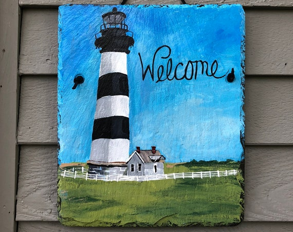 Bodie Island Lighthouse NC welcome sign, Painted slate, Coastal Door Hanger, Seaside, Beach house decor, Cottage decor, Outside porch decor