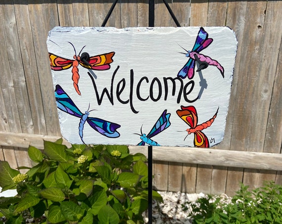 Painted slate welcome sign, garden slate sign, Dragonflies welcome plaque, Porch decor, door hanger, small slate welcome sign, garden decor