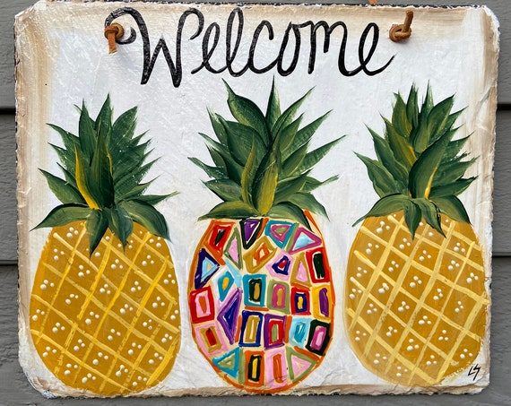 Hand Painted Slate Welcome Sign, Pineapple Welcome sign, pineapple welcome plaque, deck decor, Spring Door hanger, Spring slate sign