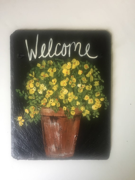 Painted slate sign, Spring door hanger, Outside spring decor, Porch decor, garden decor, yard art, Spring sign, Welcome plaque, welcome sign