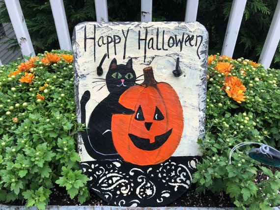 Halloween decoration for your front door, Black Cat & Pumkin painted slate, Door hanger, Halloween Painted Slate, Halloween Door hanger