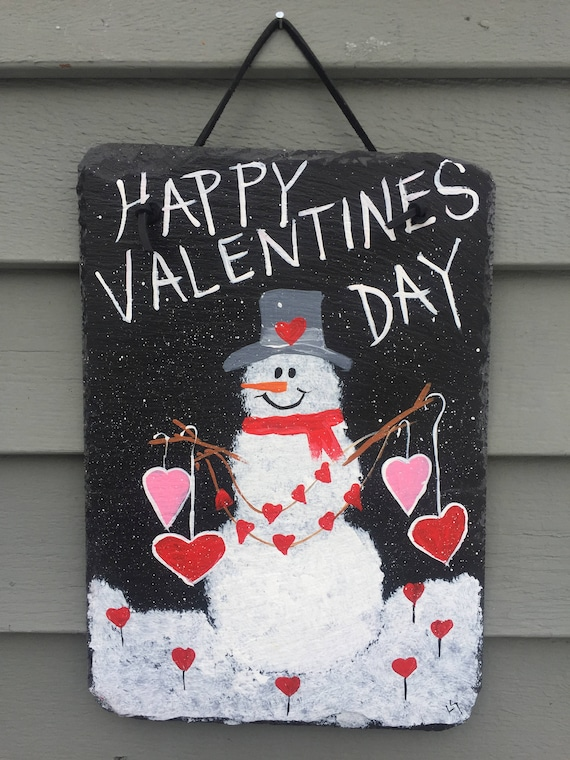 Painted slate, Valentine's Day slate door hanger, Valentine's Day welcome sign, Valentine's Day decor, Slate Sign, Valentine's Day sign