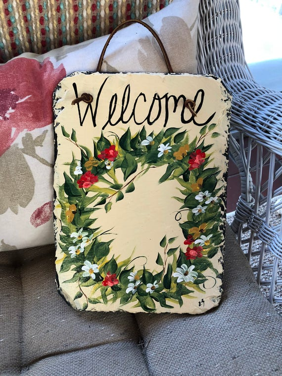 Spring Door Wreath, Flower Wreath Slate door hanging, Welcome Sign, door decor, Painted plaque, 12 x 8 recycled roof slate, Welcome sign