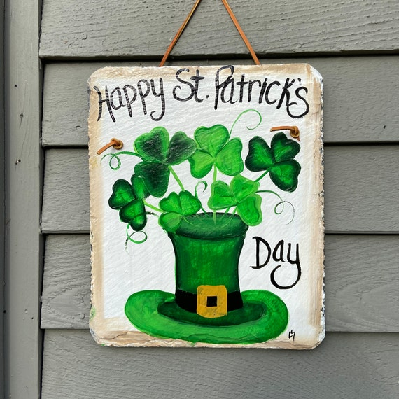 Irish slate sign, St. Patrick's Day Slate door hanger, St Patricks Day decor, Irish decor, Irish sign, St Patricks Day sign, painted slate
