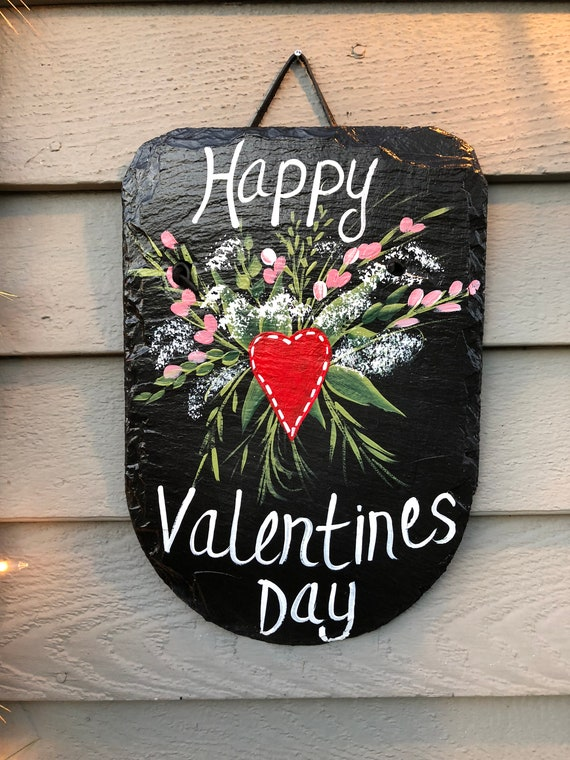 Happy Valentines Day Painted slate, Valentine's Day door hanger, Porch Decor, Valentine day decor, Valentine decoration, Valentines Day