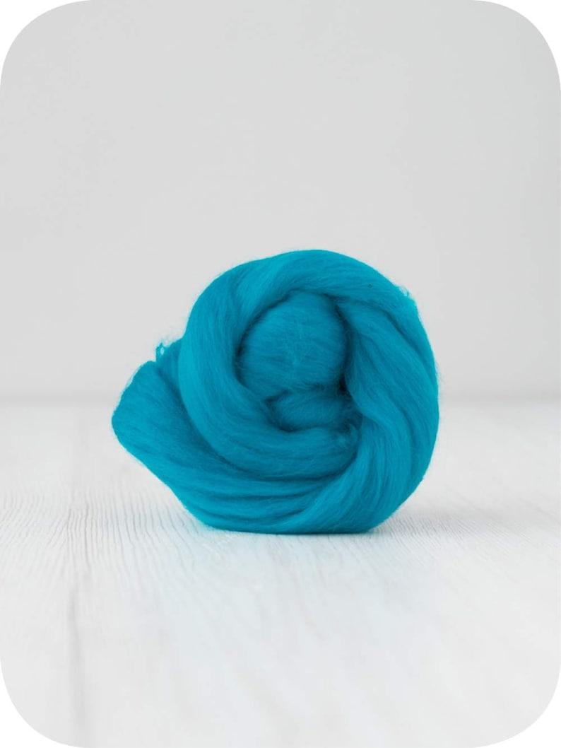 super thick merino wool 2 lbs merino wool super chunky yarn extra fine merino wool Chunky yarn 21mic bulky yarn