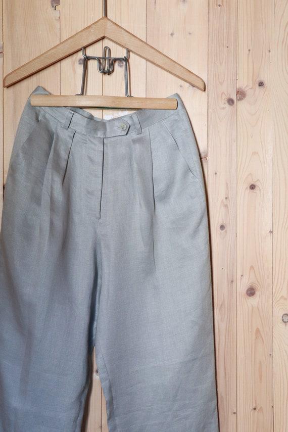 Linen//trousers in linen/Giorgio Armani//size 38 E
