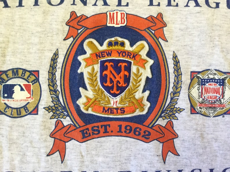 Vintage 90s 1991 MLB New York Mets T-Shirt Nutmeg Baseball Tee Shirt Size M  Mets Logo Sewn Embroidered