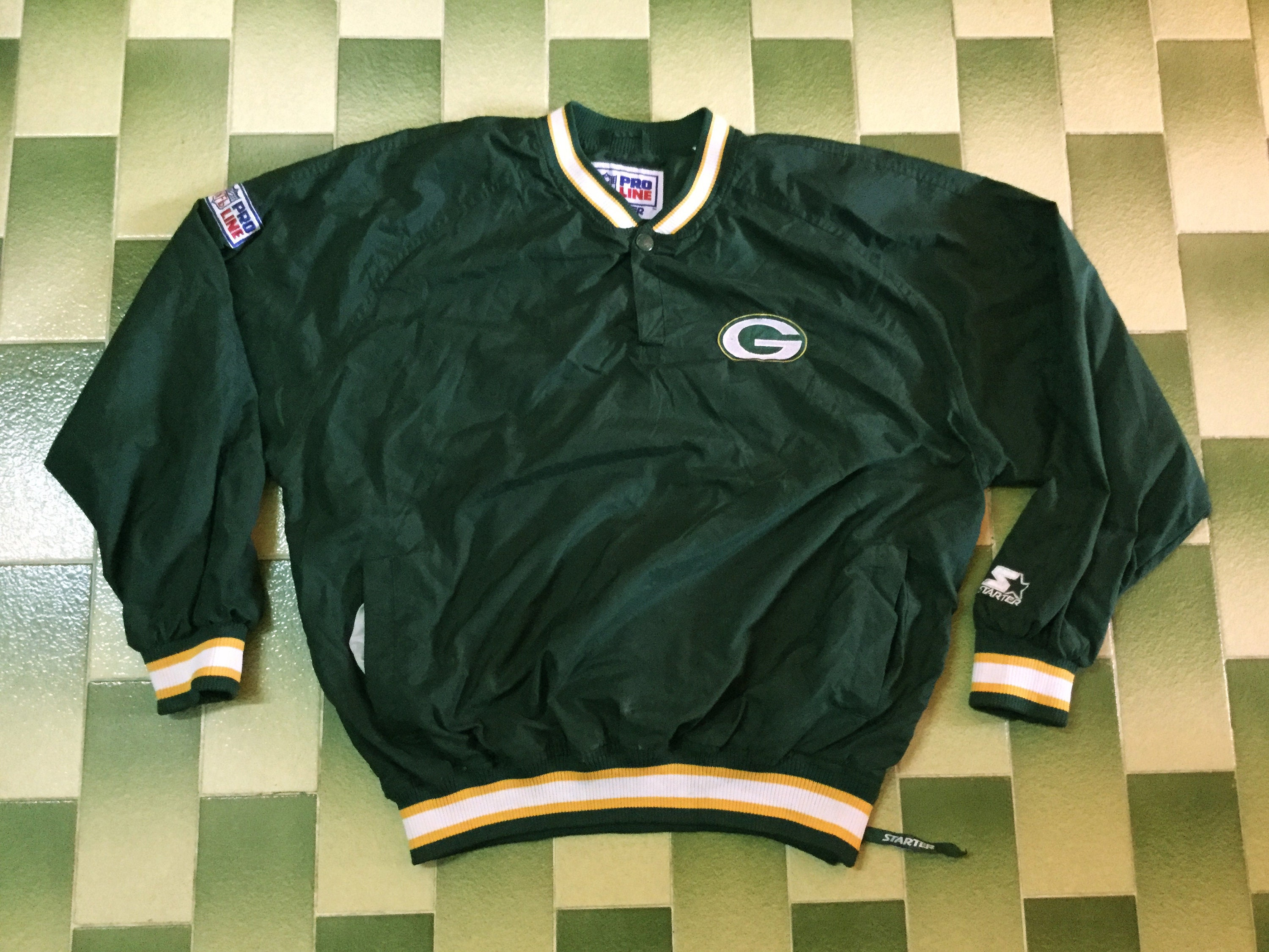 a693ef82 vintage Pro Line Starter NFL Green Bay Packers one button up Pullover  windbreaker Size M
