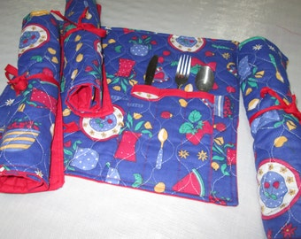 Novelty placemat with Pocket double and quilted utensil with rope for rolls, cotton lunch doubled red placemat