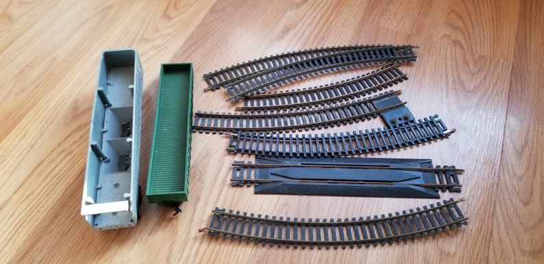 Vintage 70s HO-Scale Style Toy Train Box Cars and Track lot Atlas Rerailer Ertl More!