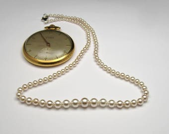 TIME vintage pearl necklace