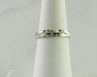 14K White Gold 3 Diamond Stack Ring Size 6