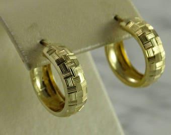 14K Huggie Earrings Yellow Gold (pierced)