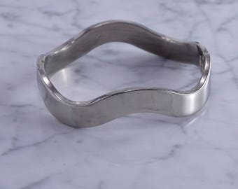 Wave Bracelet in Sterling Silver(b)