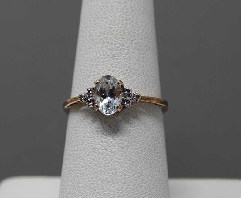 Size 7 ** 10K Yellow Gold Pale Aqua Marine with Diamond Accent Ring
