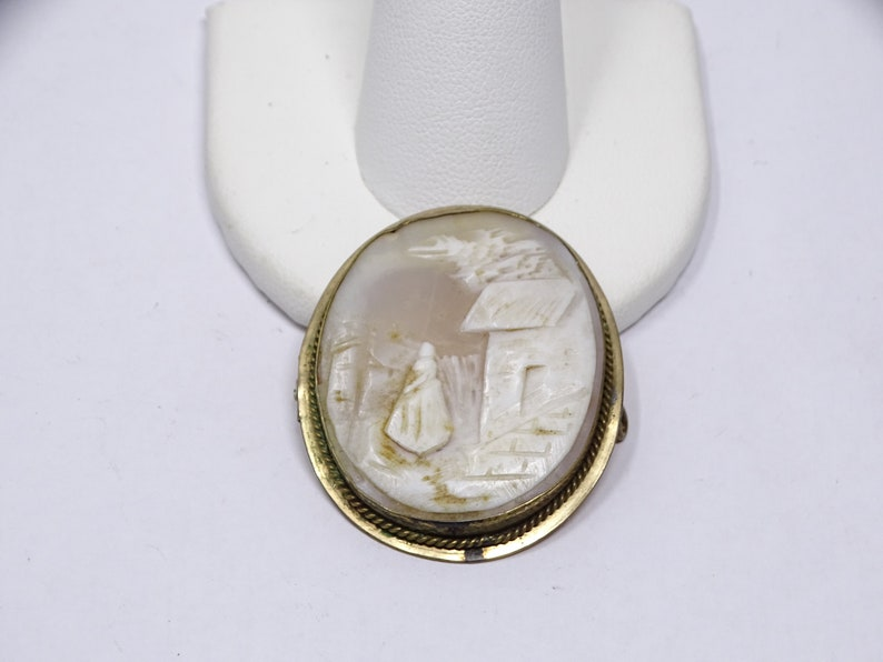 Antique Gold Filled Cameo of House and Woman