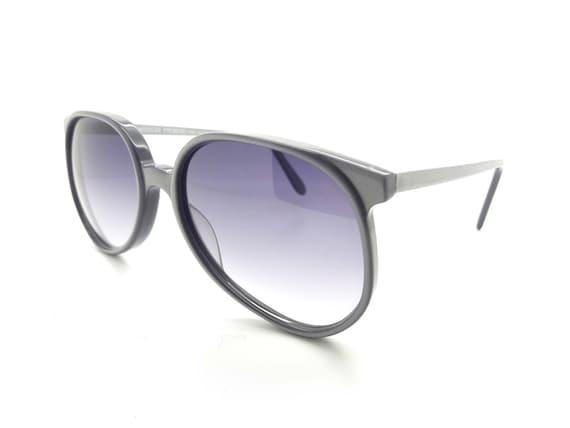 Vintage 1970s Anglo American 132 Sunglasses // 197