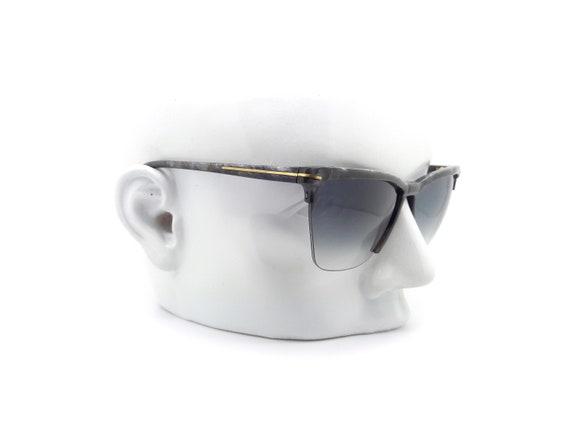80s Vintage Versace Cat Eye Sunglasses,  Gianni V… - image 4