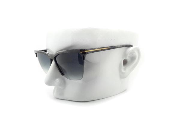 80s Vintage Versace Cat Eye Sunglasses,  Gianni V… - image 3