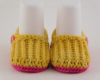 Baby Easy-on Loafers, Crochet Newborn Gift, Merino Wool Loafers, Crib Shoes, Yellow Loafers, Baby Shower Gift, Stay-on Shoes, Winter Gift