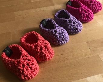 Crochet Baby Slippers, Crochet Baby Shoes, Crochet Baby Booties, Baby Girls Slippers, Baby Girl Crib Shoes, Baby Girl Shoes, Crib Shoes, RTS