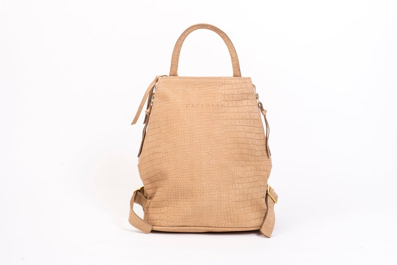 Backpacks for girls Every day carry Leather backpacks for  8b83a9ed2669f