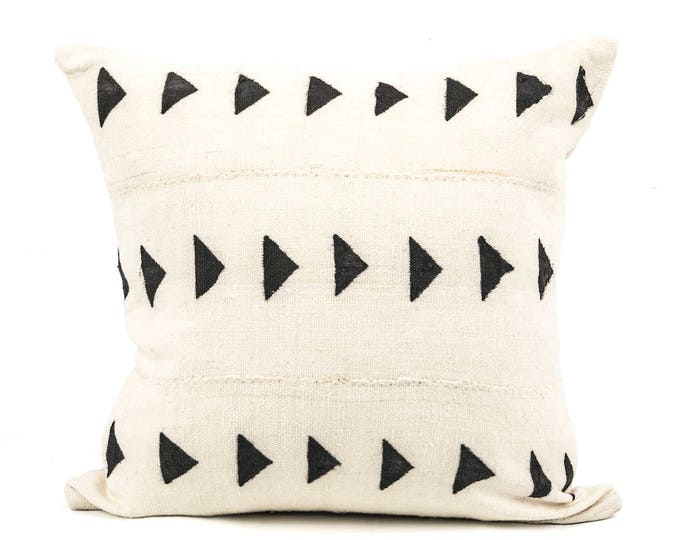 "Mud Cloth Pillow Cover 20"" inch, SquaredCharm Handwoven, White and Black"