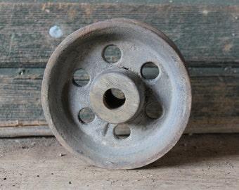 Metal pulley wheel
