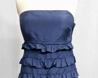 Dress with ruffles trimmed