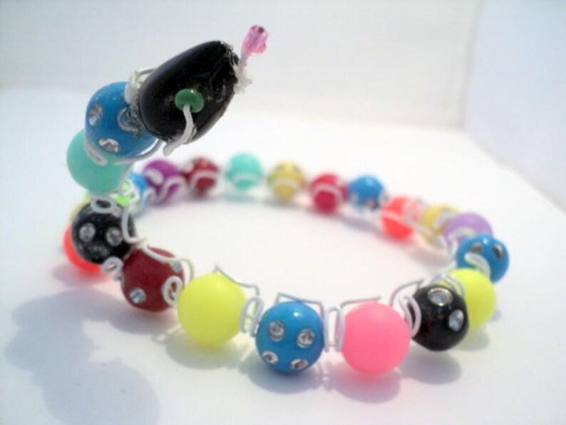 Bracelets in pearl-bracelet snake-bracelet girl-resin beads-plastic beads-rockery