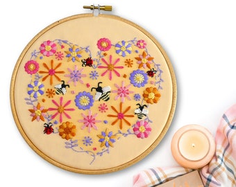Bee Flower Embroidery Kit | Roses Embroidery Kit | Summer Embroidery | Floral Heart Needlecraft Kit | DIY Sewing Kit | Needlepoint Pattern
