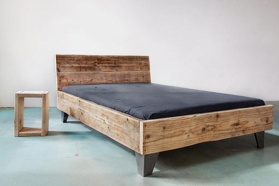 upcycle design bett model sula aus bauholz massivholz etsy. Black Bedroom Furniture Sets. Home Design Ideas